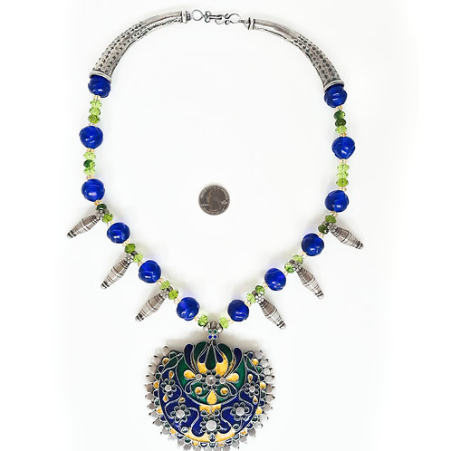 Contemporary Indian design necklace