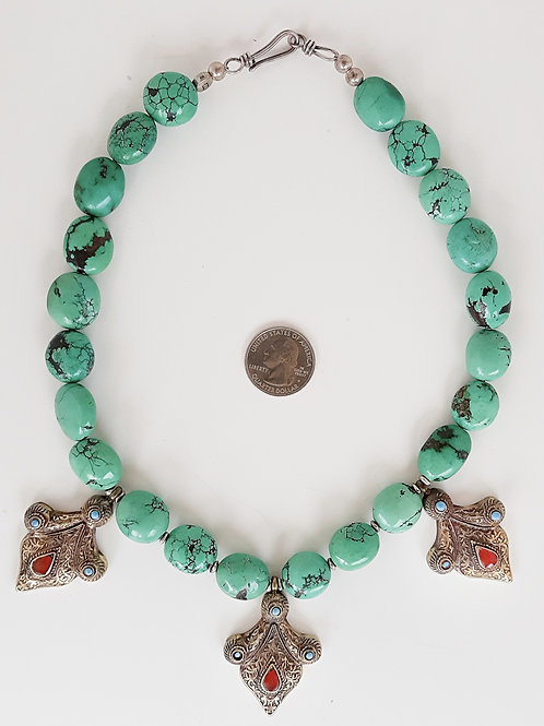 Contemporary Central Asian design necklace