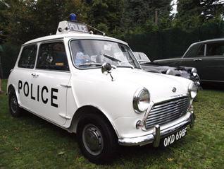 AUSTIN MINI EX LIVERPOOL POLICE.jpg
