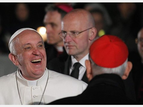 872492488-papst-franziskus-seinen-ersten-traditionellen-kreuzweg-gebetet-809.jpg