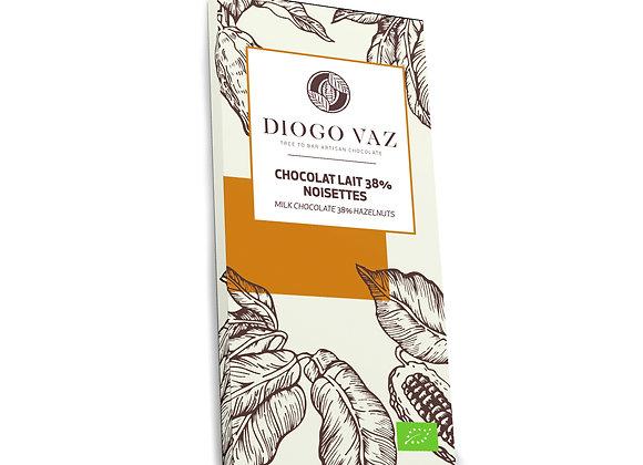 Tablete de chocolate de leite 38% Avelãs BIO