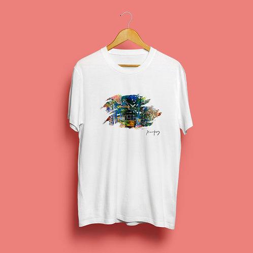 Explosão  de Cores em Lisboa T-Shirt