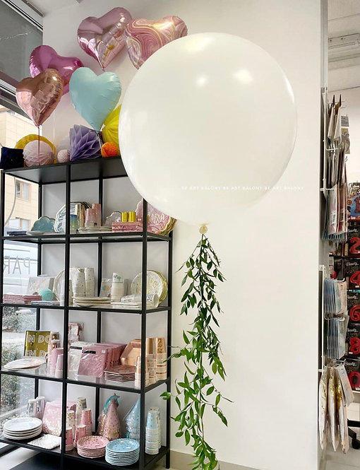 Balon gigant z ogonem z ruskusu napełniony helem - rożne kolory