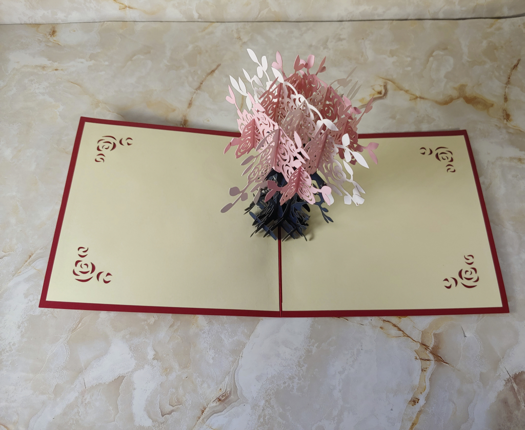 Pop up Greeting Card shows a floral bouquet that is 3D when opened