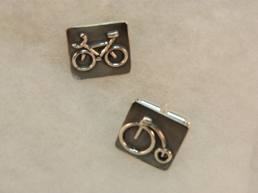 fj cufflinks bike