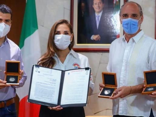 TIENDE GOBIERNO MUNICIPAL PUENTES ENTRE CANCÚN Y NÁPOLES, ITALIA
