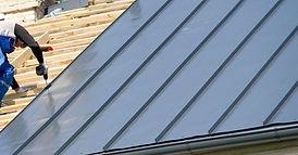 metal-roofing-installation-mistakes.jpg