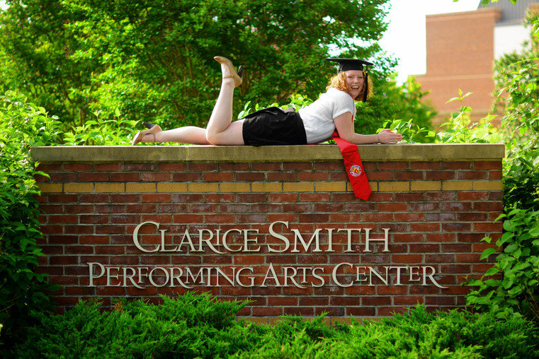 Grad Photo Sample (21).JPG