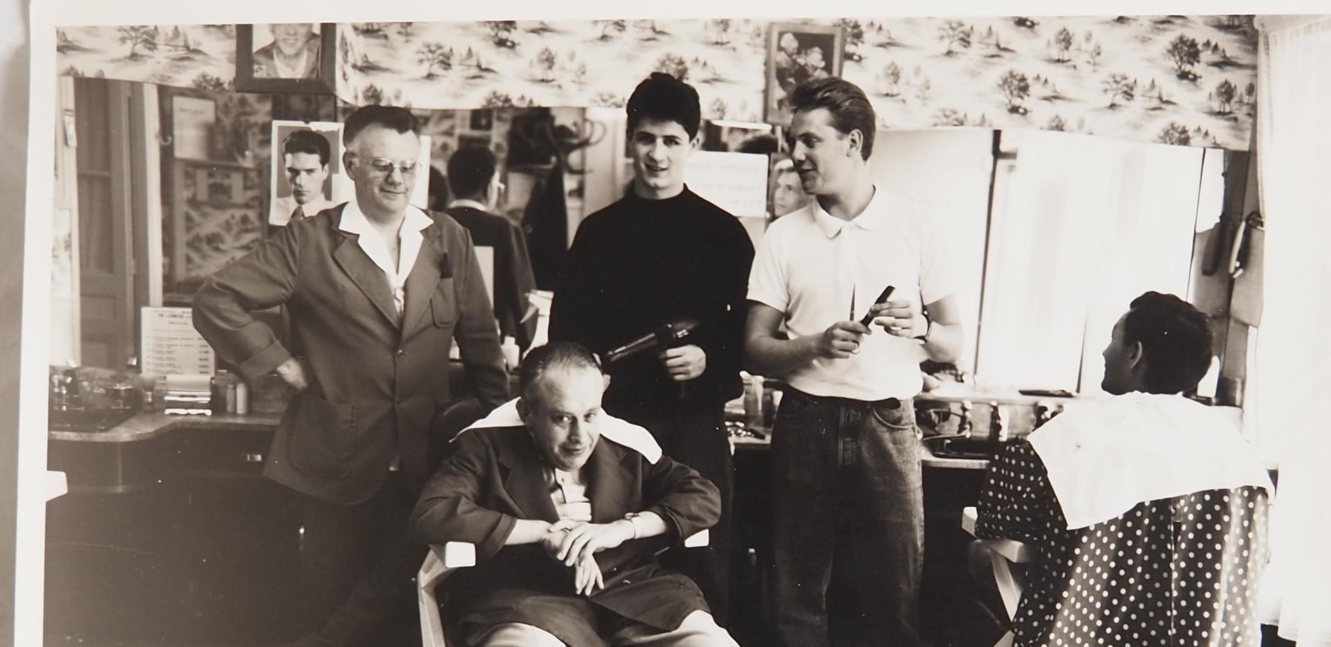 Le salon de coiffure de la famille Liger, rue du Pont Saint-Hilaire