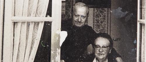 Margot et son mari, rue aux Prêtres