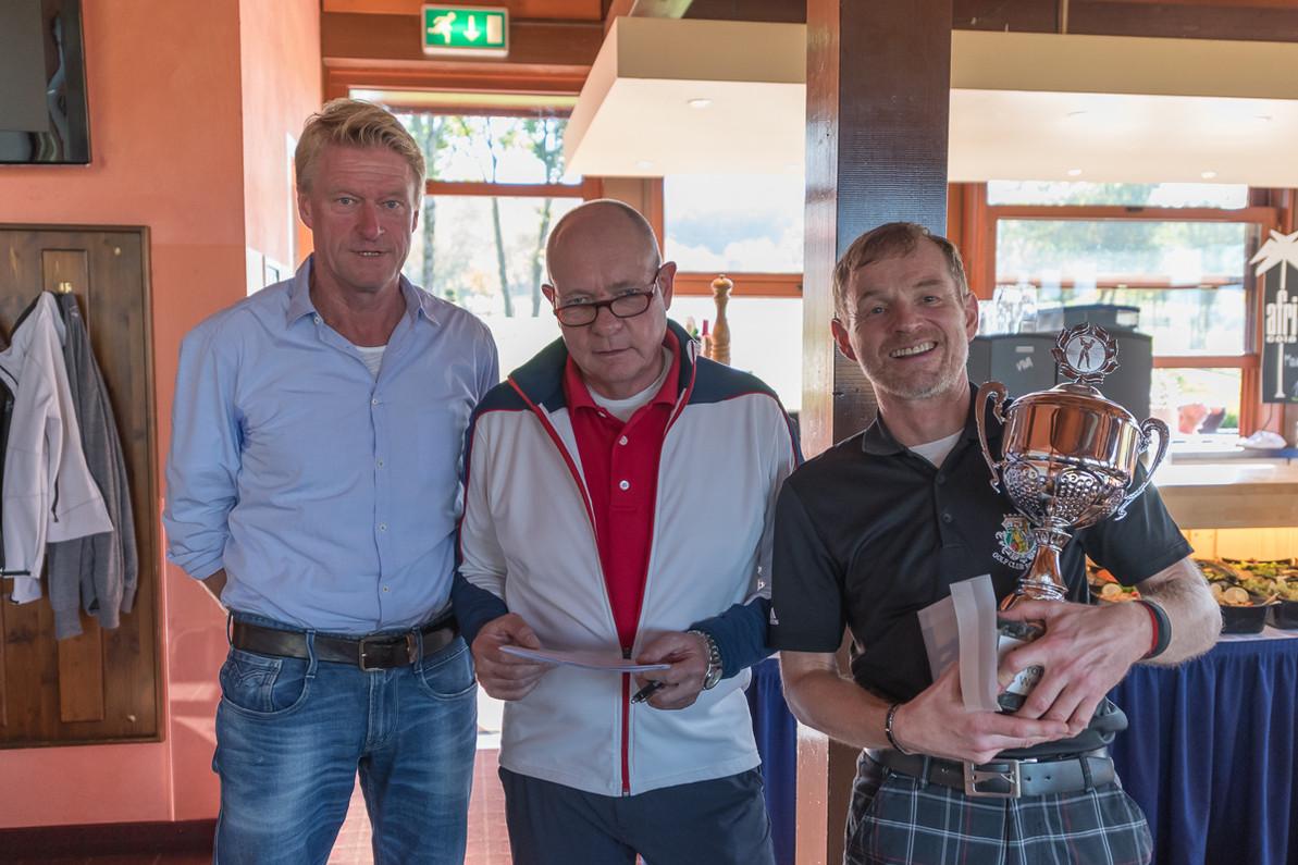 von links: Wolfgang Bahr, Leo Sievers und Dr. Olaf Wille