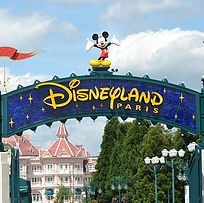 disneyland-paris-2272907__340.jpg