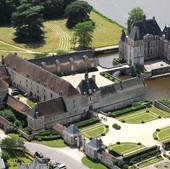 Le_chateau_de_la_Bussière.jpg