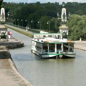 pont-canal-bateau.jpg