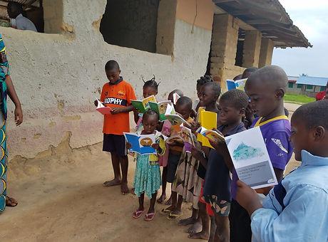 Lodja schools books 2.jpg