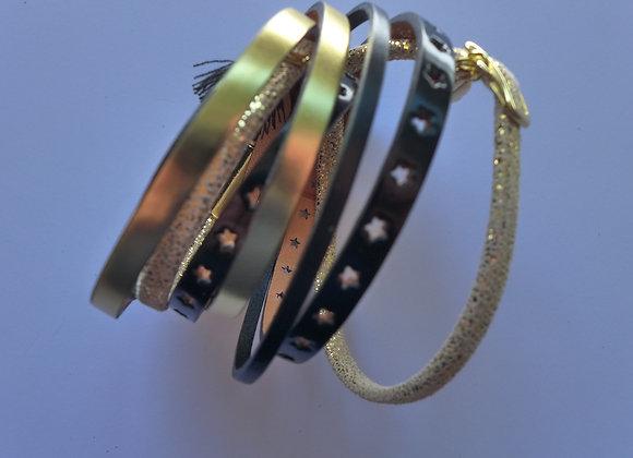 Bracelet Manchette Double en Cuir Noir et Or
