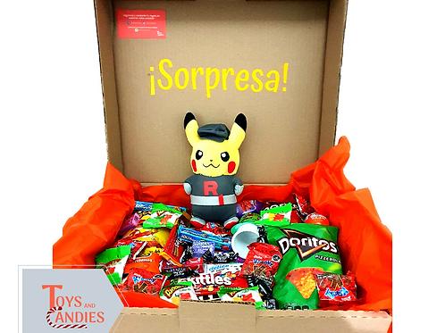 Arreglo de Dulces Candy ToyBox Pikachu Team Rocket