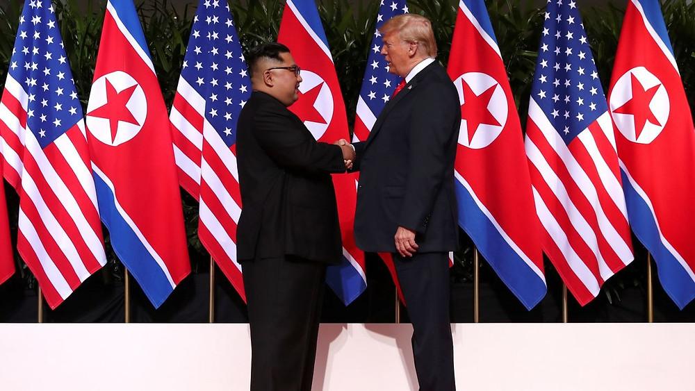 Donald Trump y Kim Jong-un en la cumpre de Singapur