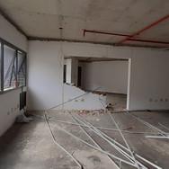 Sala Comercial (demolição parede e estrutura forro)