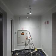 Halls dos elevadores (todos os pavimentos)