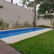 Recomposição de pedras da borda da piscina