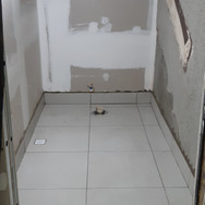 Banheiro Galeria (Piso)