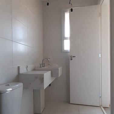 Banheiro da Suíte (antes)