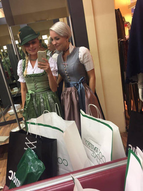 Kathi & Denise im Shoppingfieber