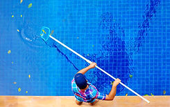 pool service and cleaning naples