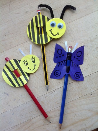 Quenn Bee Pencil Topper.JPG