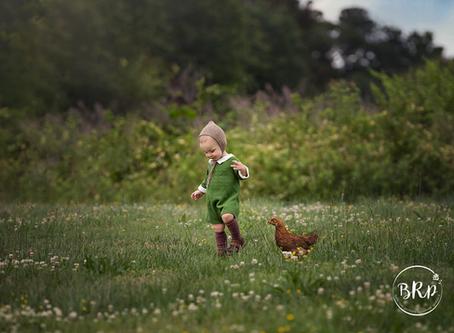 Chesapeake, Virginia Newborn and Baby Photographer {Backyard Chickens}