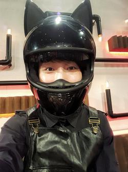 VIU TV 「又要威又要戴頭盔」 Talker helmet inte