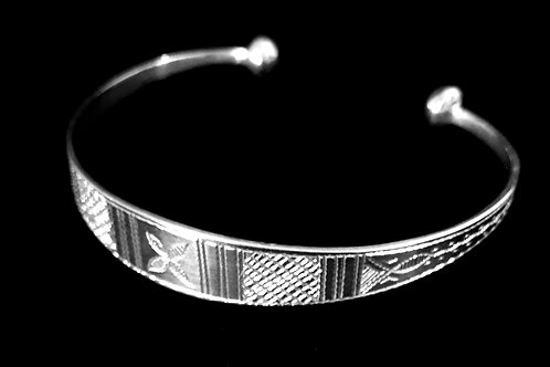 Sterling Silver Tuareg Detailed Etched Bangle