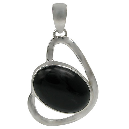 Sterling Silver Heart Shaped Pendant with Onyx Gemstone