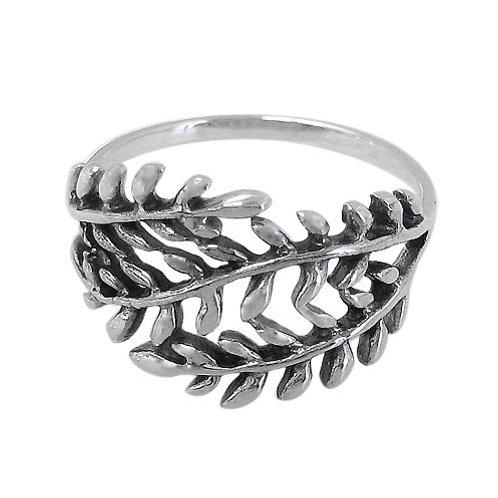 Sterling Silver Leaf Ring (Size 7)