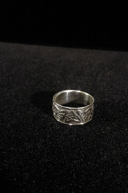 Sterling Silver Trinity Knot design Ladies Ring Size 6