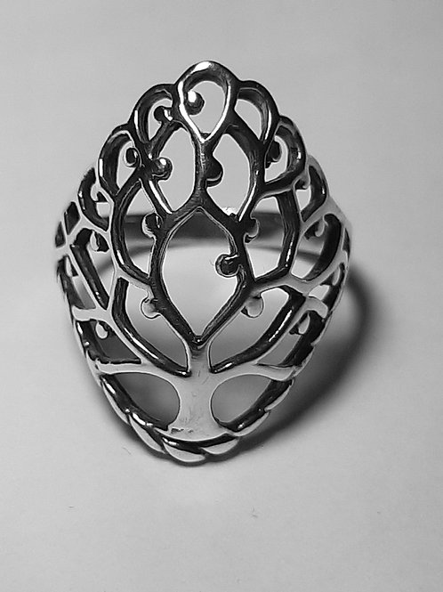 Sterling Silver Tree of life Ring (Size 8)