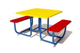 stolik-so-skameykami.jpg