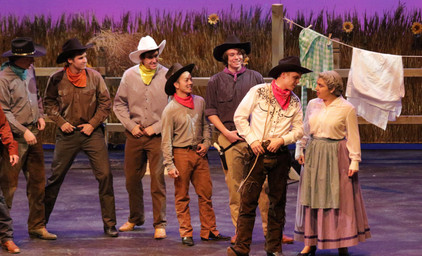Oklahoma - Aunt Eller, Will, and the Male Ensemble