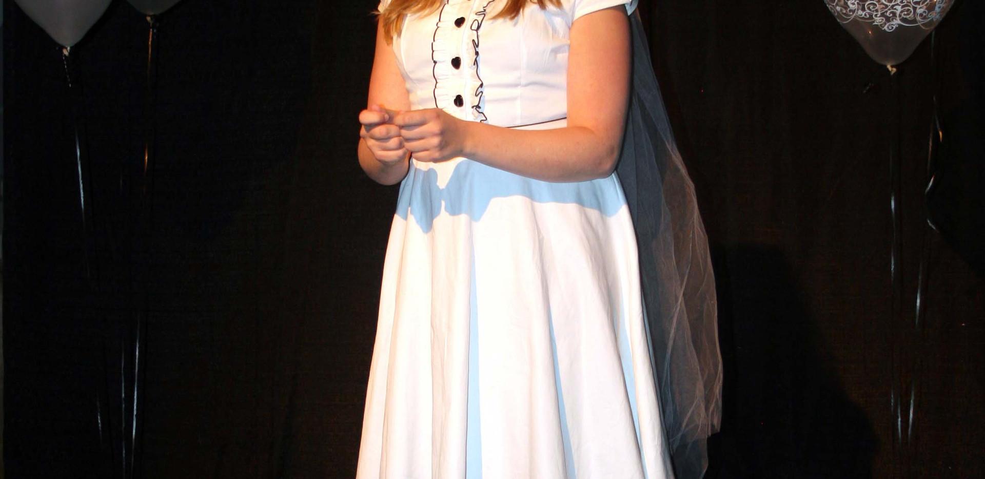Eurydice - Eurydice in her Wedding Dress