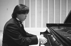 Hanjin Sa Solo Piano Performance