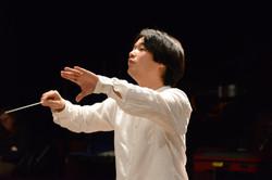 Hanjin Sa conducting