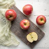 Rosalee apples.jpg