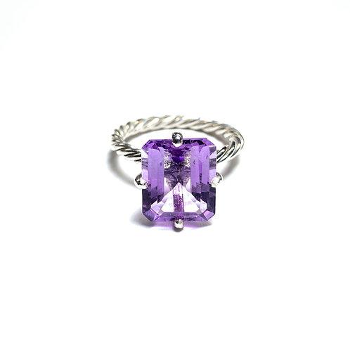Lavender amethyst R023