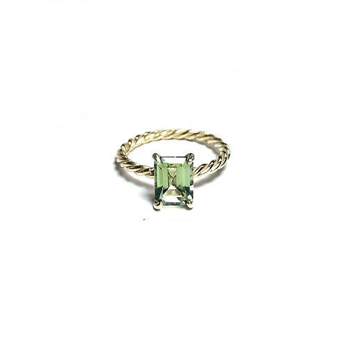Green topaz ring R029