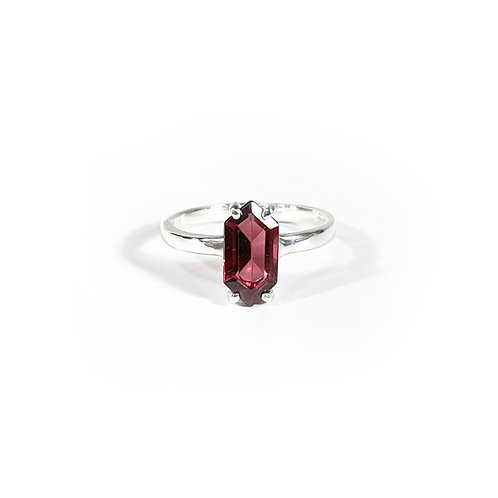 Garnet Ring  R122