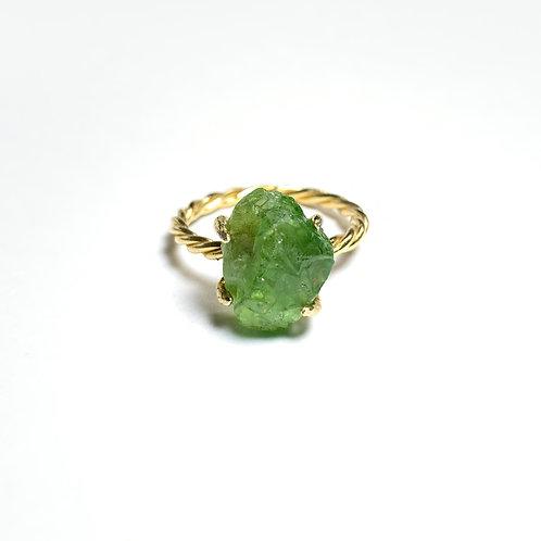 Green garnet ring R013