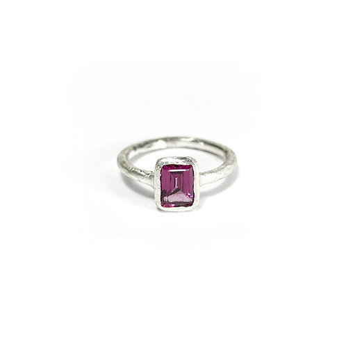 Rhodolite Garnet ring R148