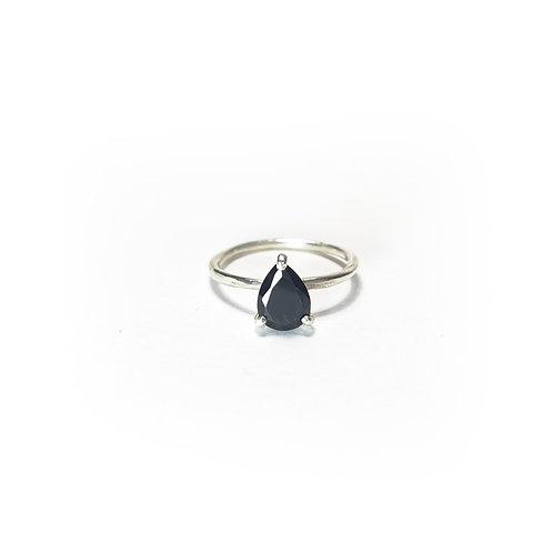 Onyx Ring  R094