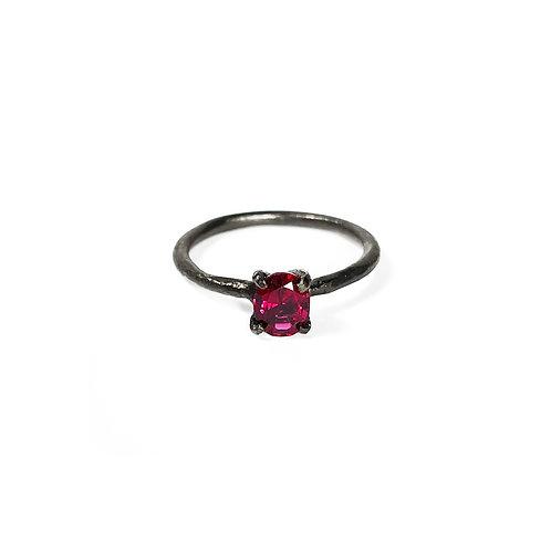 Ruby ring UR135